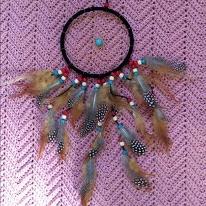 NWT Dream Catcher, teal, red natural bead feather